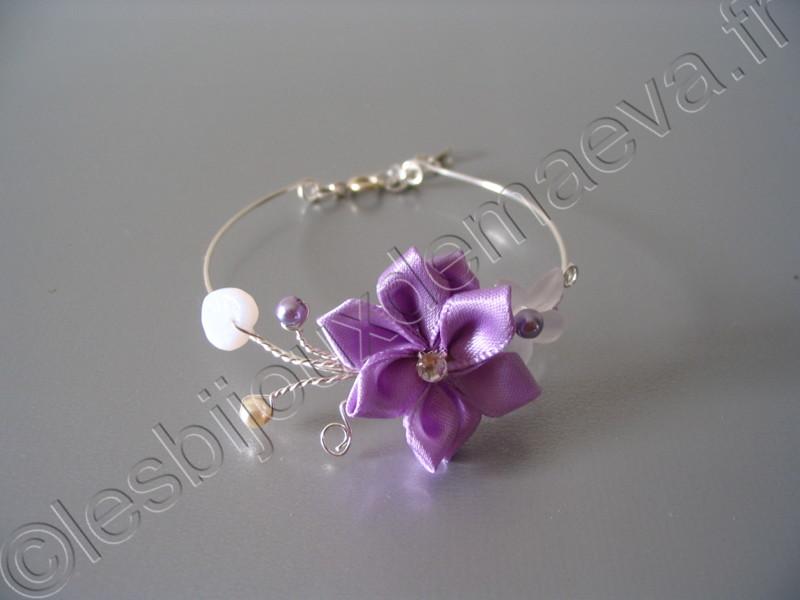 bracelet fantaisie mariage parme pas cher fleur satin e. Black Bedroom Furniture Sets. Home Design Ideas