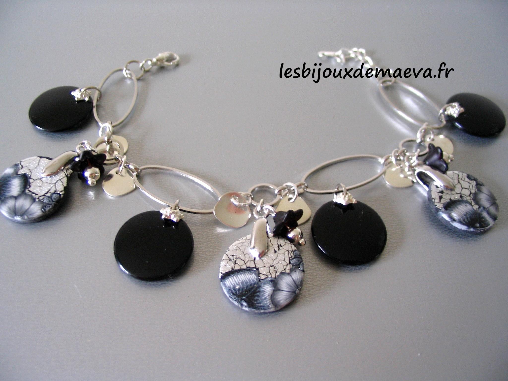 bracelet_noir_fantaisie_emy_1385106827