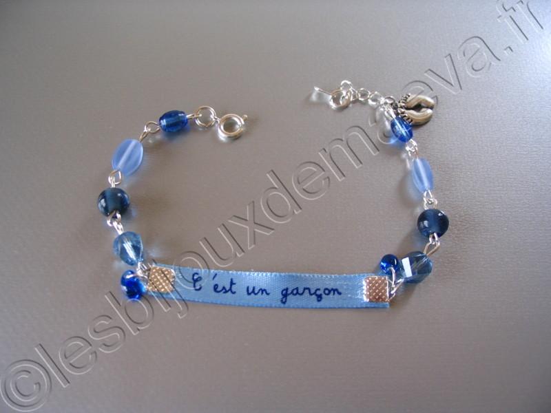bracelet fantaisie bleu future maman c 39 est un gar on. Black Bedroom Furniture Sets. Home Design Ideas