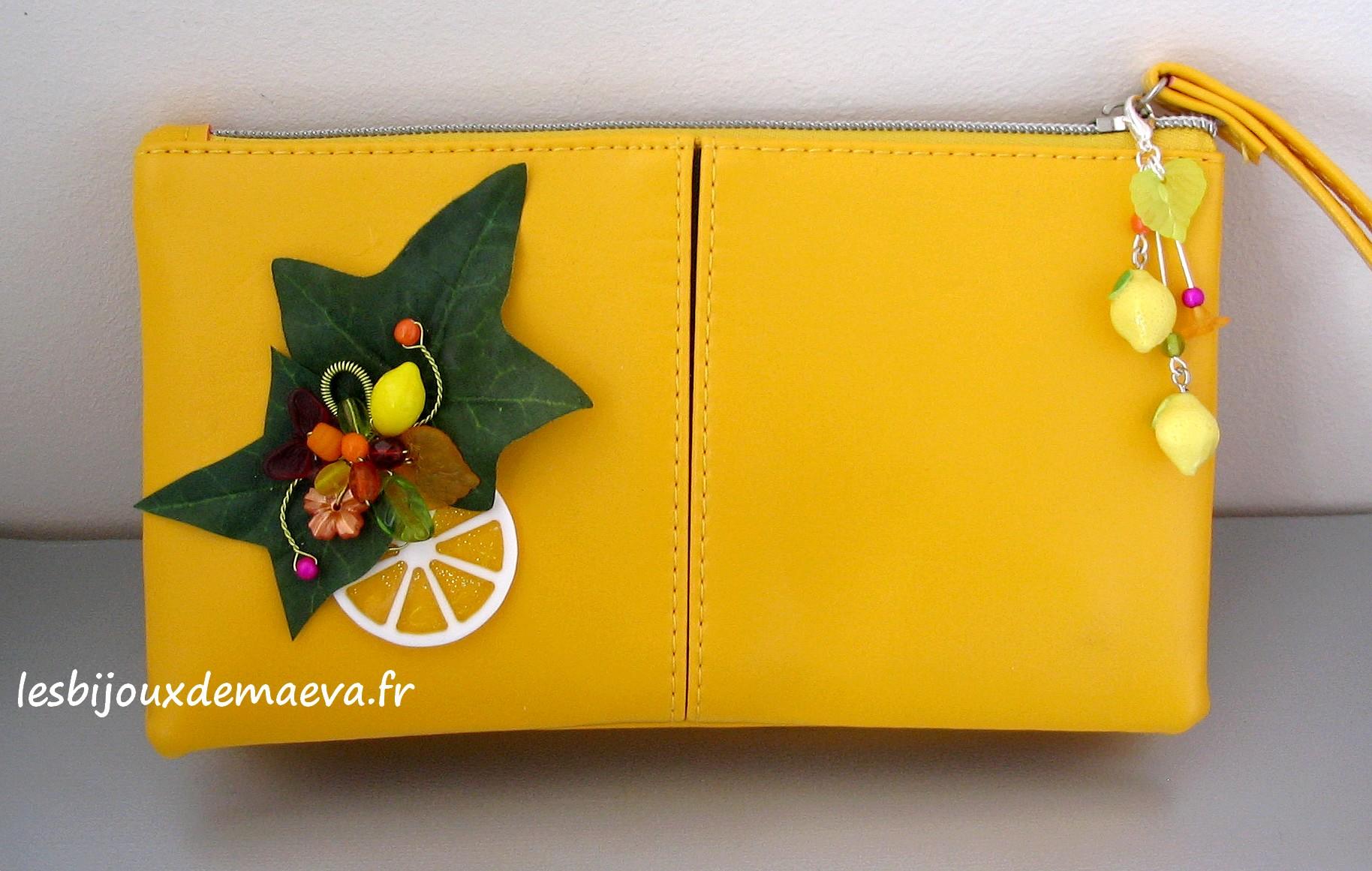 revendeur a9391 6323c Pochette fantaisie jaune Citron